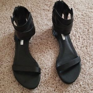 Used BCBG Eneration Gladiator Sandals Size 6M